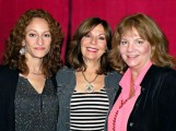 Ellen Sandweiss, Theresa Tilly & Betsy Baker at the Montreal Comiccon ©marcandrew.ca