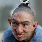 Actor Naomi Grossman is unrecognizable as Pepper in the 2nd & 4th seasons of American Horror Story.